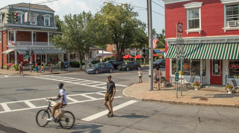 Red Hook, N.Y.: A Farming Town With a Welcoming Community